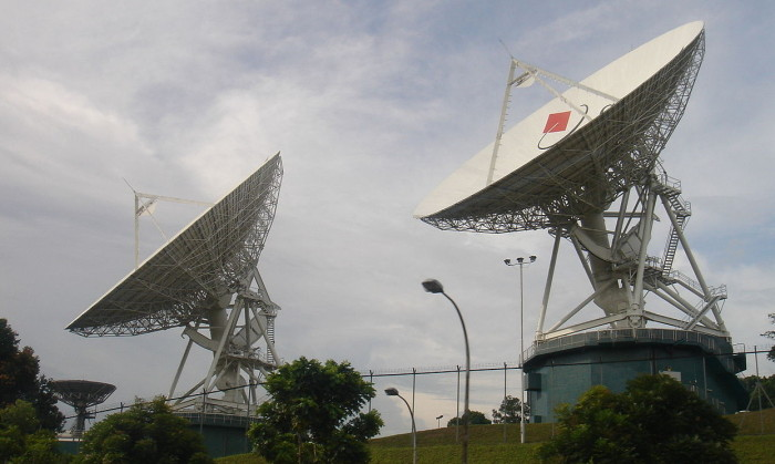 Image from Wikicommons. http://commons.wikimedia.org/wiki/File:Singtel-dishes.JPG