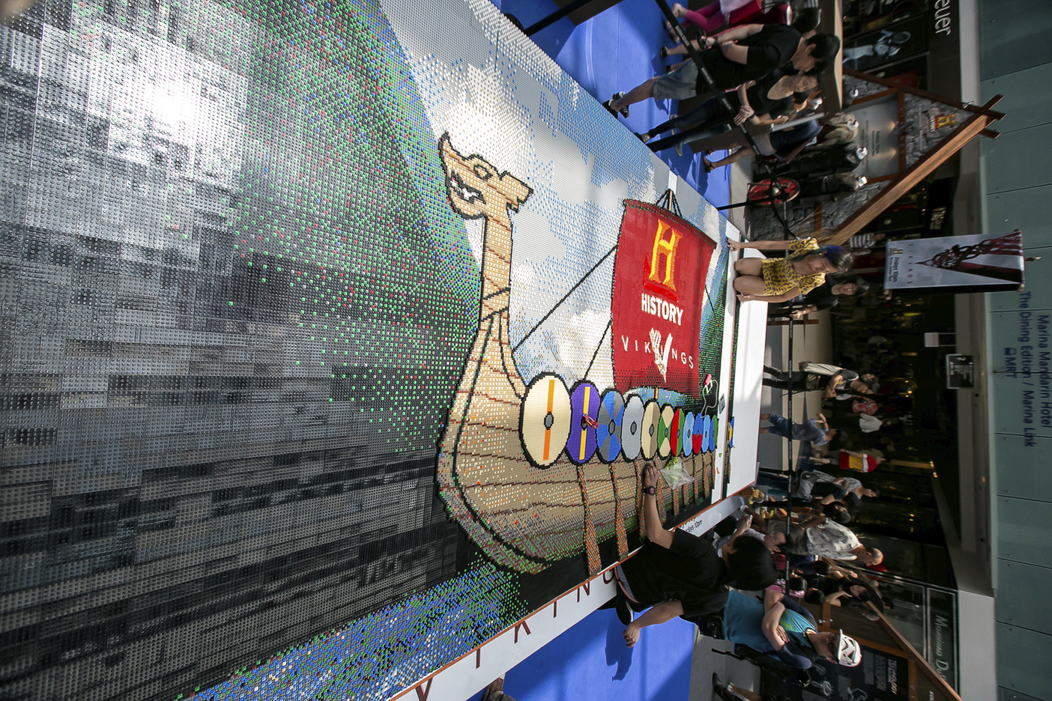 Lego Helps Break Singapore Book Of Record For The Largest Wall Mural