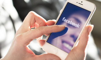 Facebook_Shutterstock