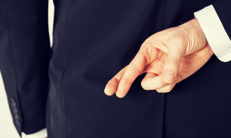 Agencies_Lying_Shutterstock