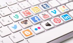 Socialmedia_shutterstocl