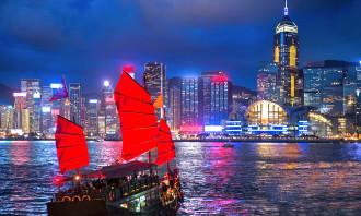 Hong Kong - Evening cruise on a junk