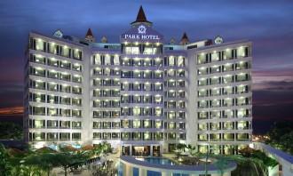 Park_Hotel_Clarke_Quay_-_Facade
