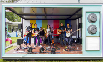 LYF photo 1_CEOs jamming with indie band 53A