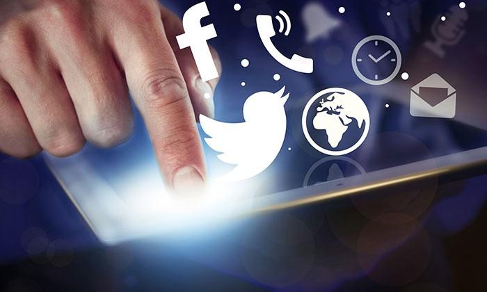 social media stock-123rf