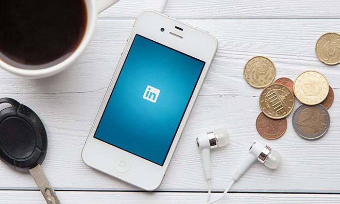 LinkedIn Mobile_123rf