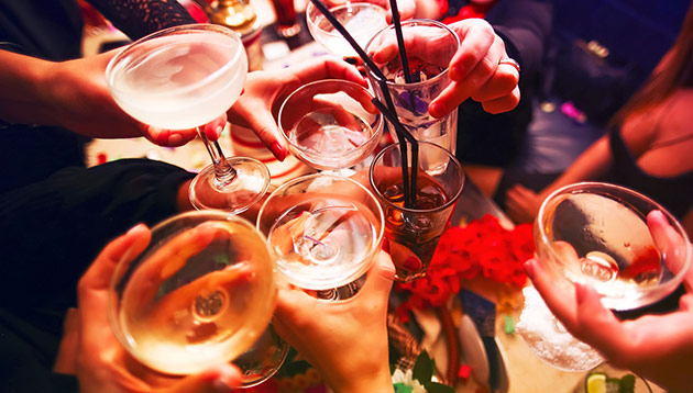 Alcohol_123rf stock