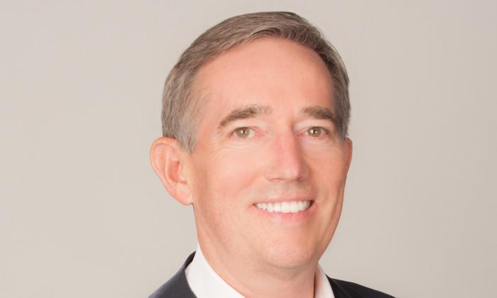 Headshot of Robert Grieves