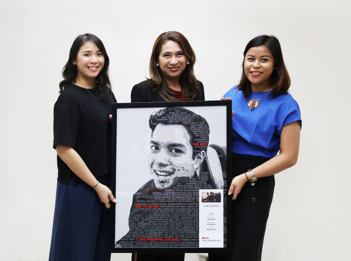 PAL VP for marketing Ria C. Domingo (center), corporate marketing officer Sophie   Gianan and corporate marketing manager Hazel dela Cruz receive the award