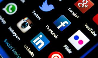Social Media_MCMC